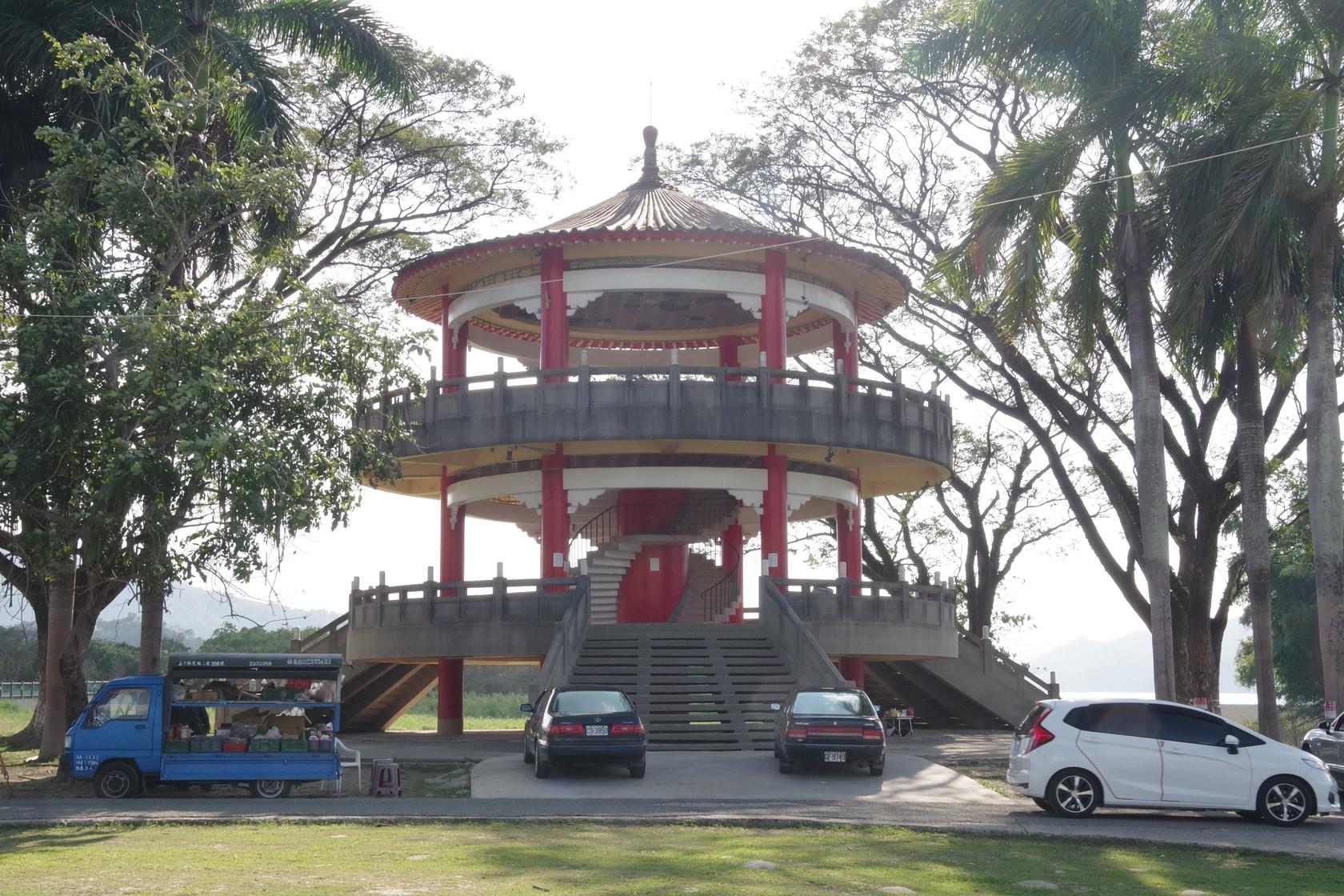 湖濱公園看台