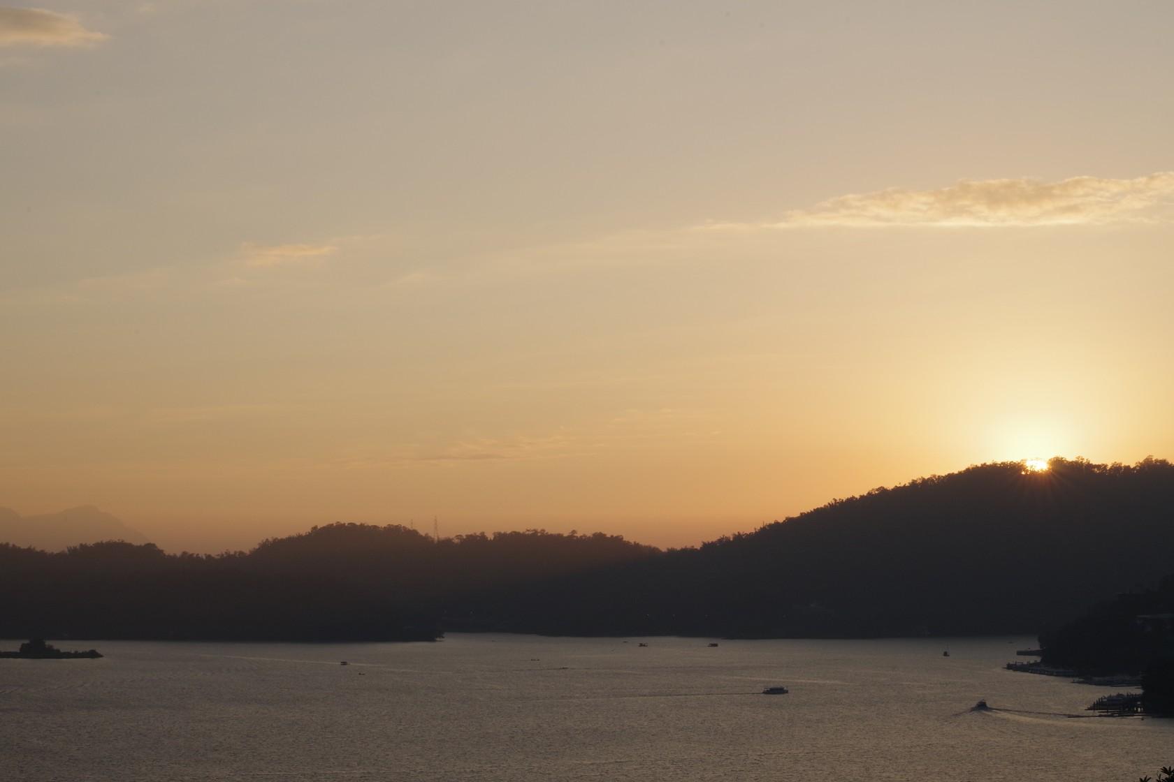 文武廟前夕陽景色
